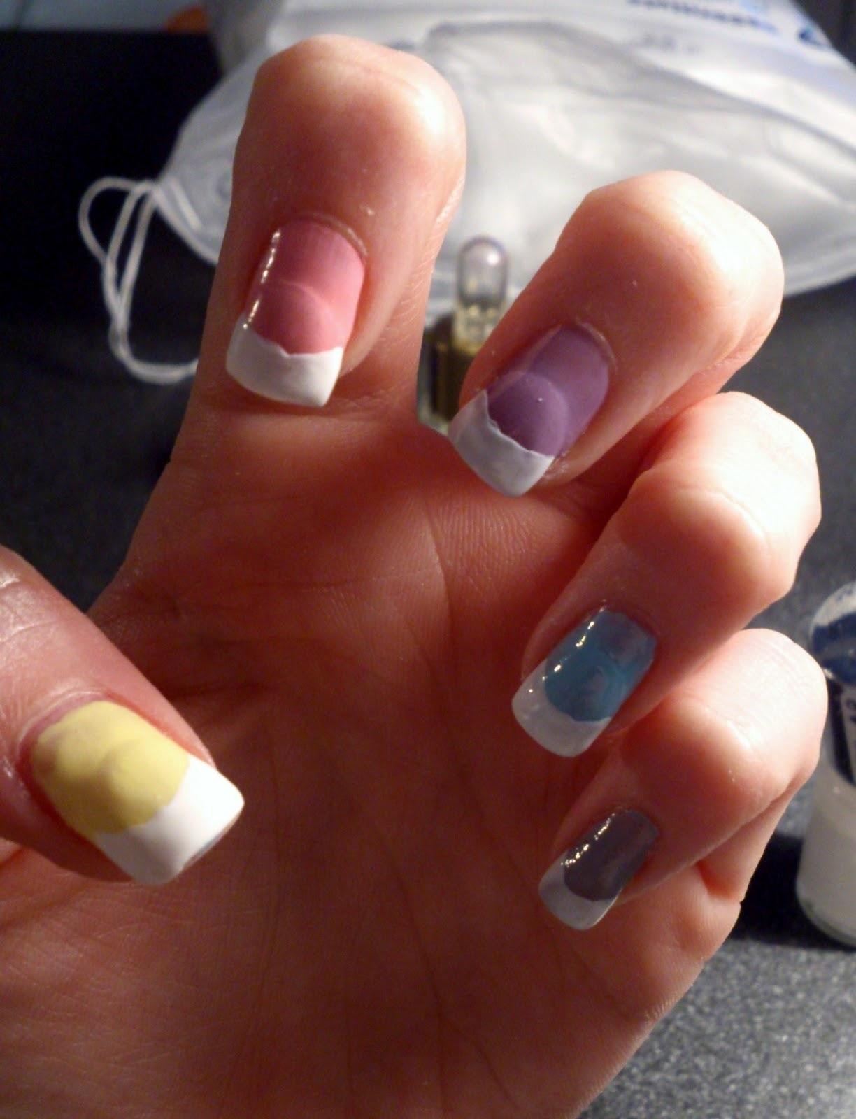 Converse nails – tutorial – M . L . M . B . Z .