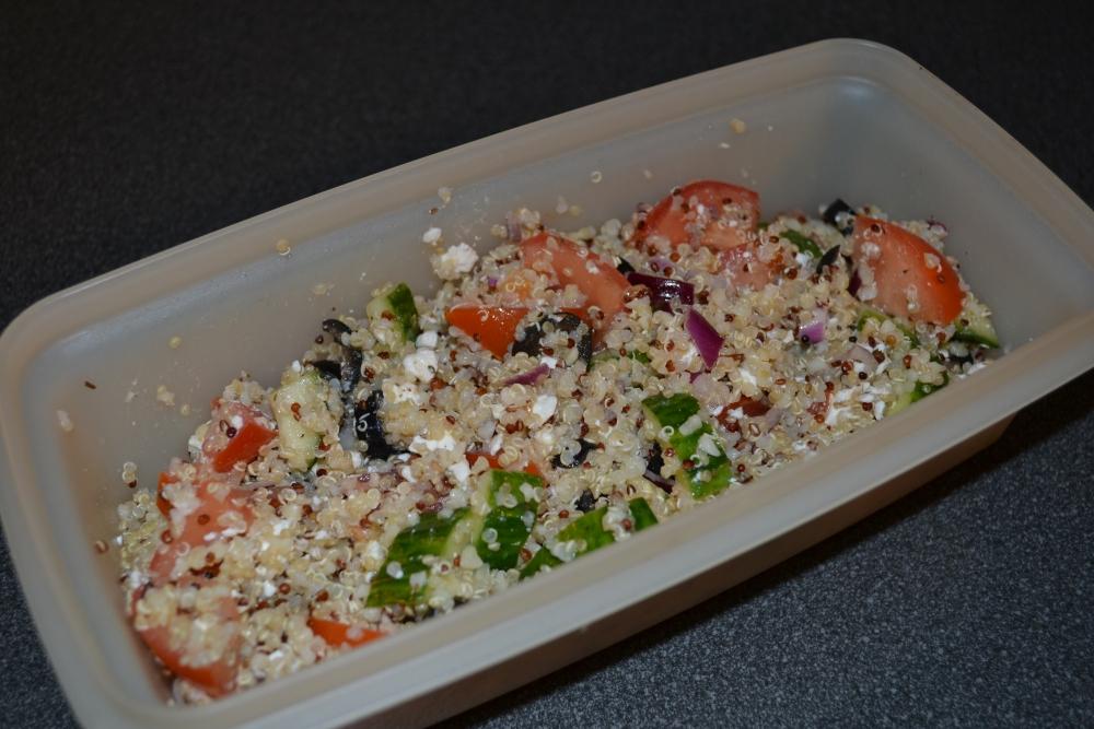 Quinoa Greek Salad Recipe (3/3)