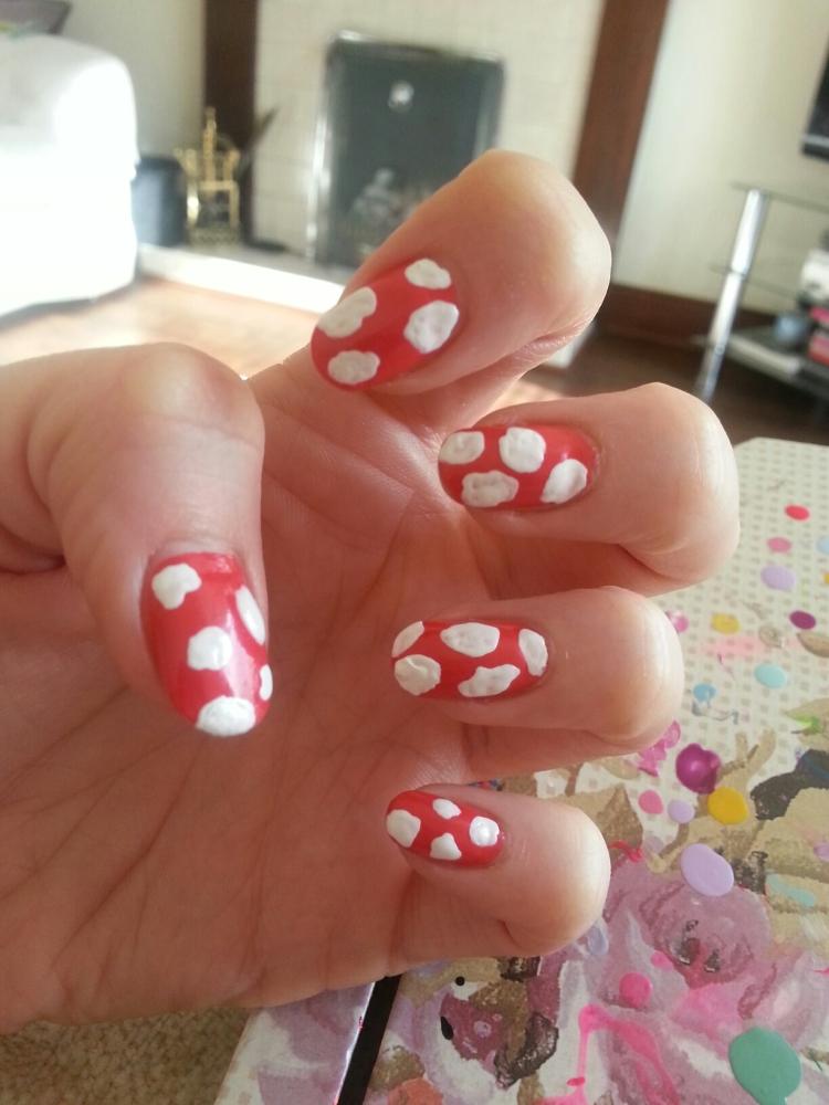 Nailing the nail art (3/6)